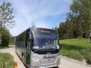 Sipoonkorpi Hop-On Hop-Off bussi pysäkillä Sipoonkorvessa.