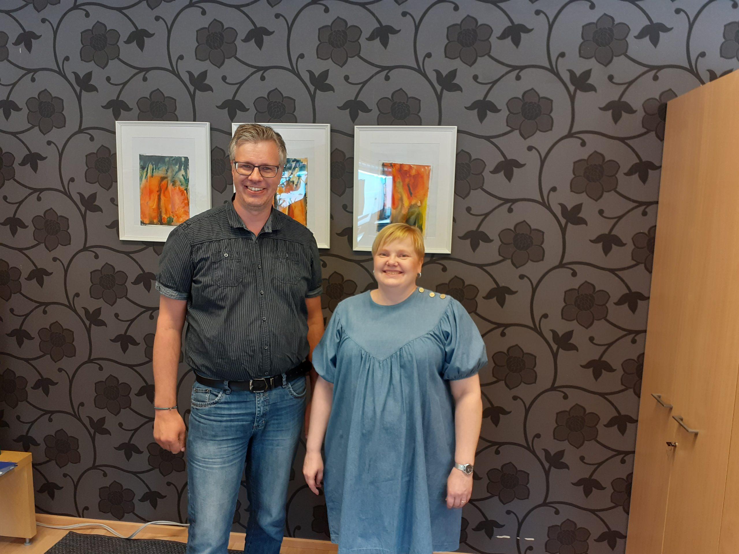 Bokföringstjänst Österbergs verkställande direktör Ove Österberg och kontorschef Jaana Ylönen.